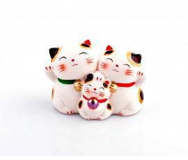 Pisica Maneki familie